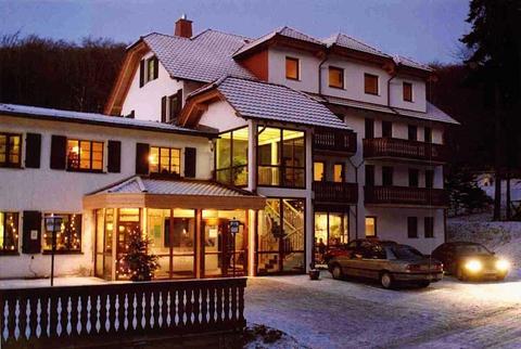 Kelten-Hotel Hausansicht Winter