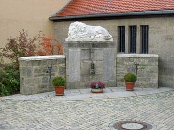 Kriegerdenkmal am Kirchplatz