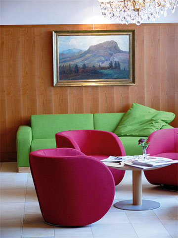 Bild:Lothar-Mai-Haus Sitzbereich