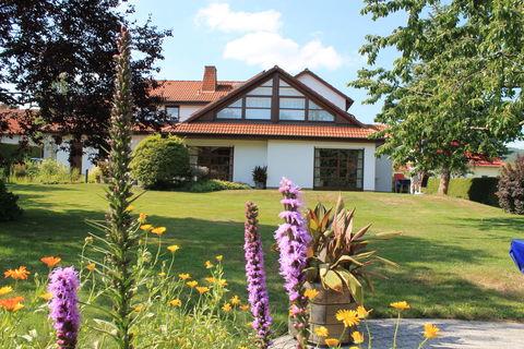 1 Haus u Garten Hauptbild