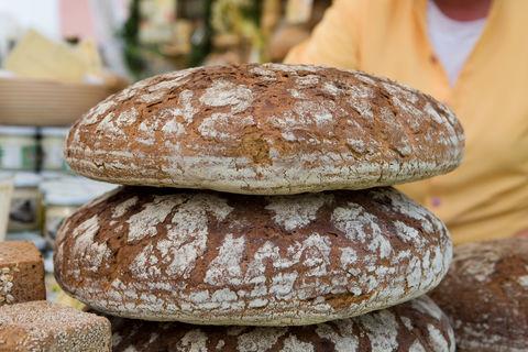 Brot Holger Leue